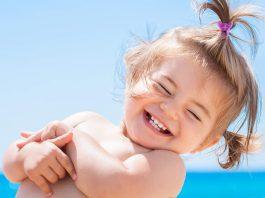 när får barn tänder