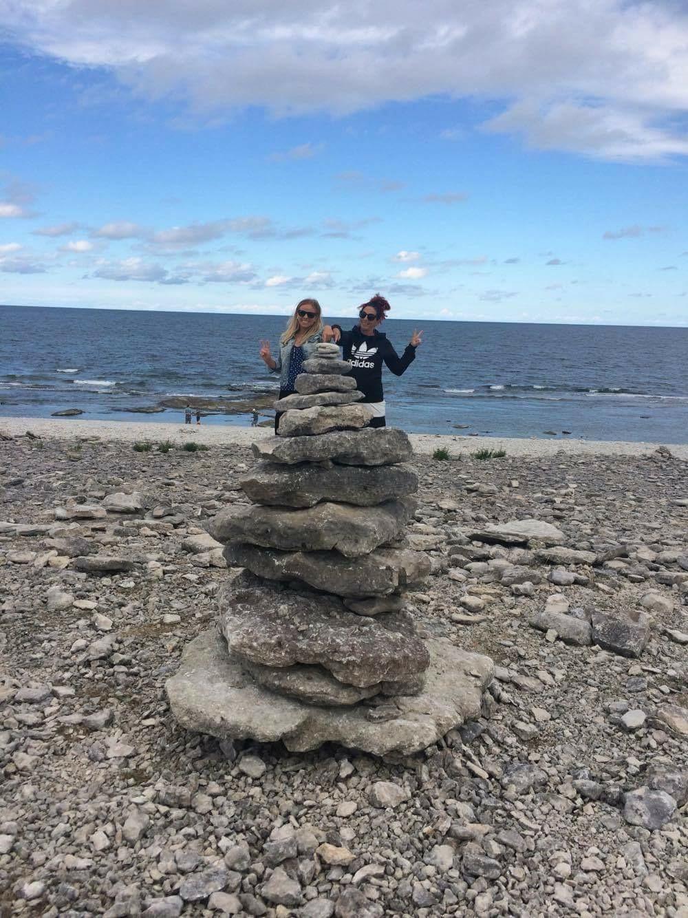 Mera Gotland! Byggde en egen rauk på Fårö ???