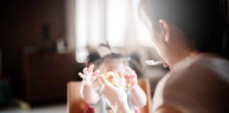 Barns utveckling och kost vid 8 9 10 månaders ålder